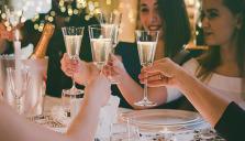 Allt fler väljer att fira nyår på restaurang