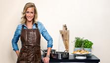 Jofama lanserar ett förkläde tillsammans med kocken Catarina König