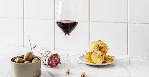 Mathias Dahlgren och Staffan Naess öppnar bistro och vinbar